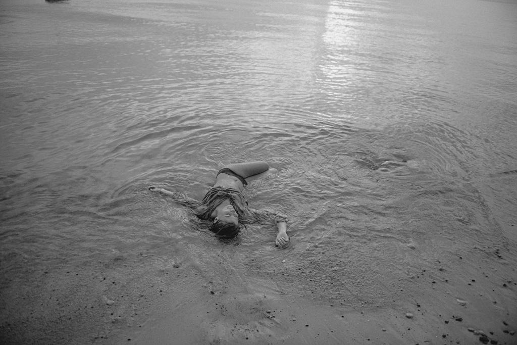 Lina Aiduke Photography Water sleep 037