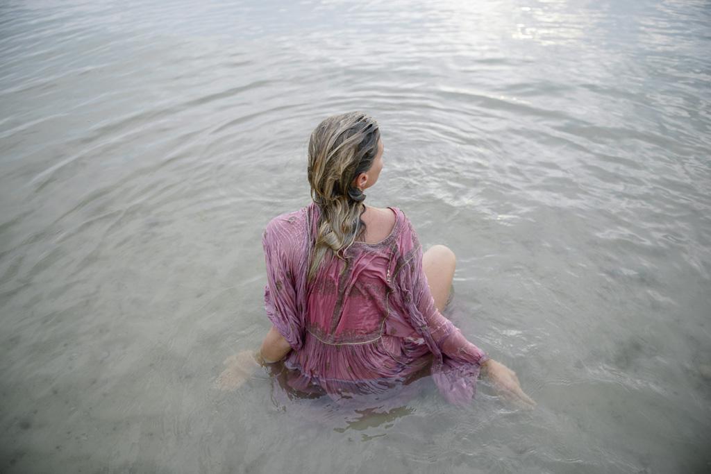 Lina Aiduke Photography Water sleep 039