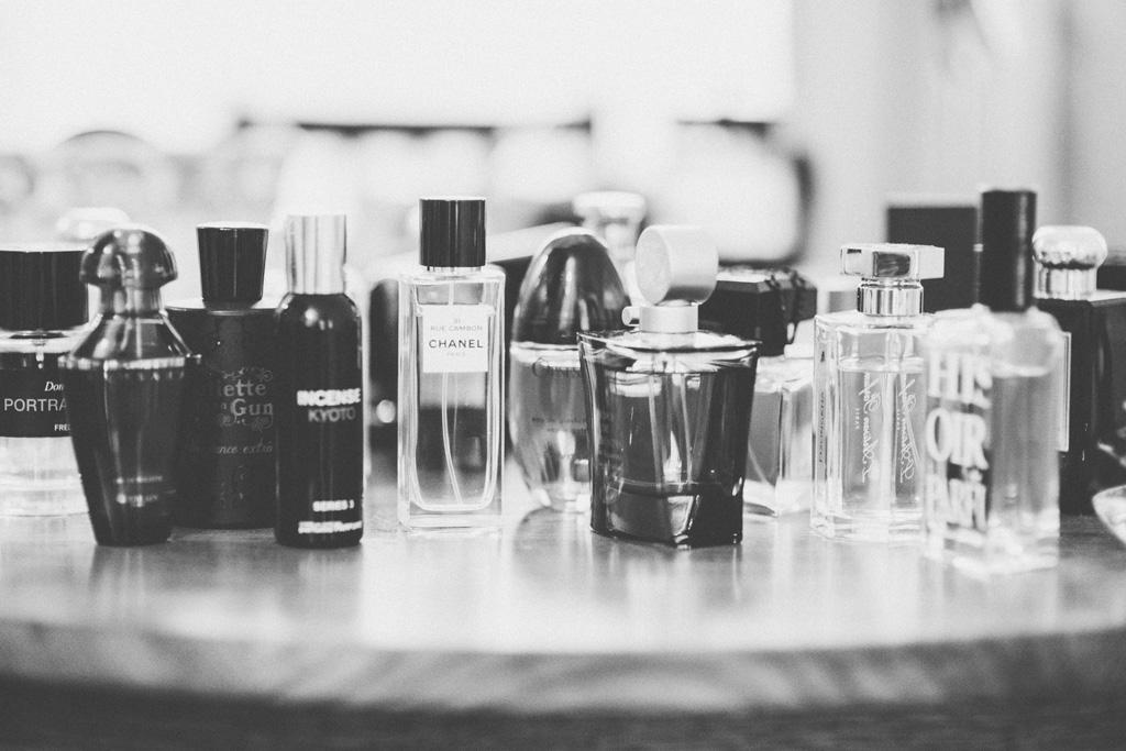 Lina Aiduke photography perfume 010