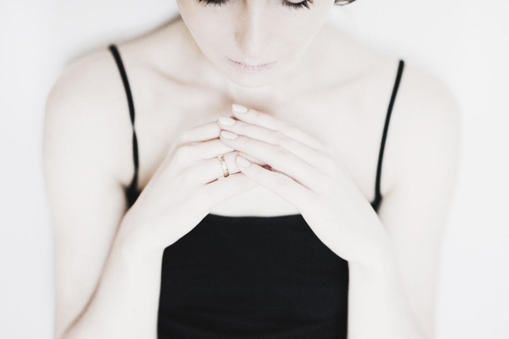Lina Aiduke photography perfume 011
