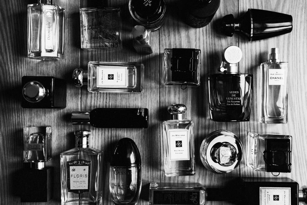 Lina Aiduke photography perfume 036